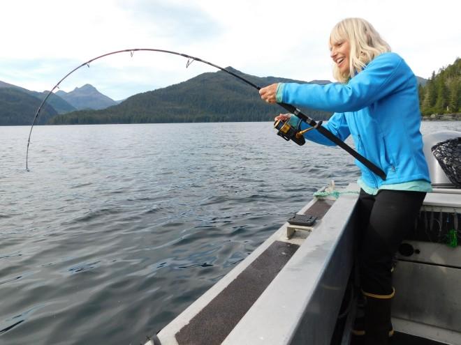 DSCN0317 Robin hooks a big halibut day 4 resized